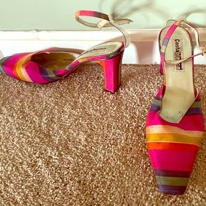 Multi colored stripe heel